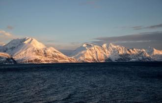 Abendstimmung von unserer Unterkunft diekt am Fjord